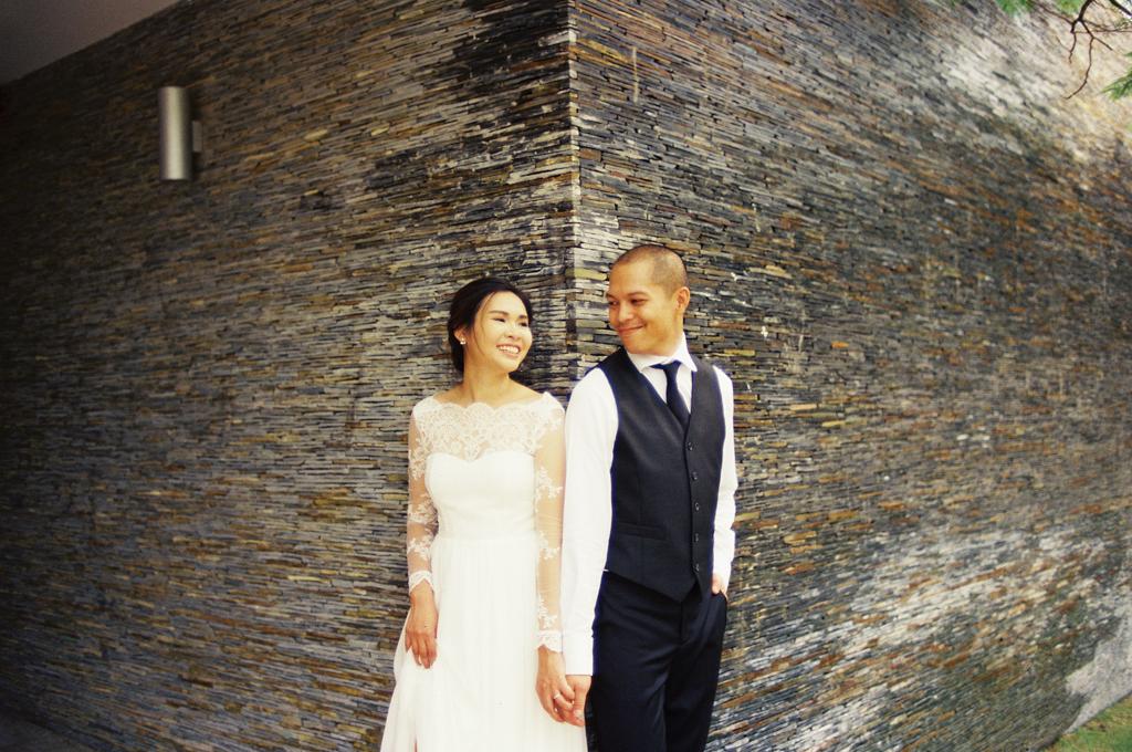 Tuyen-Khanh-prewedding-shoot-in-Long-Hai-beach-7